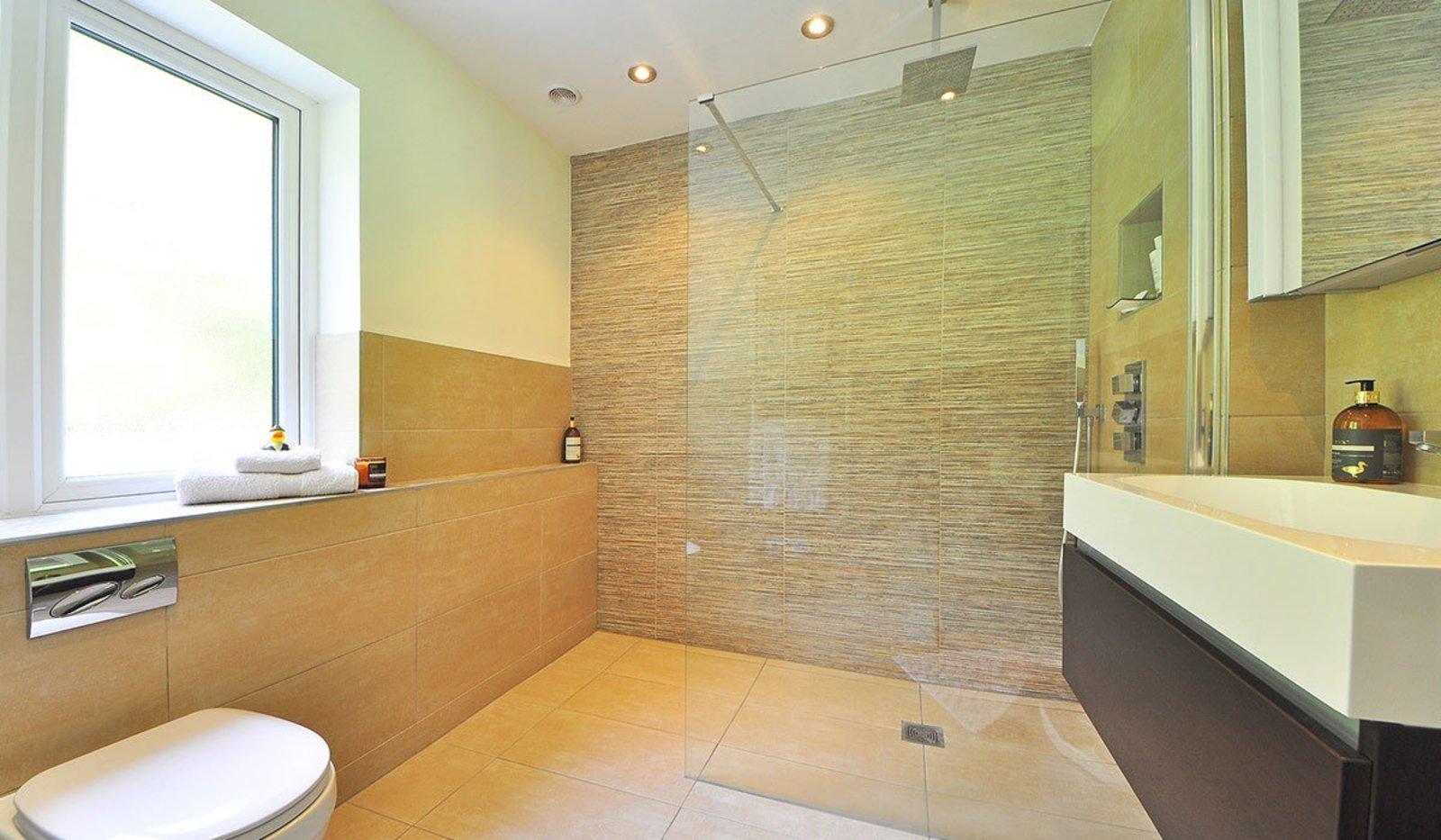 Maty Rivera - Salle de bains – Carrelage – Parachèvement